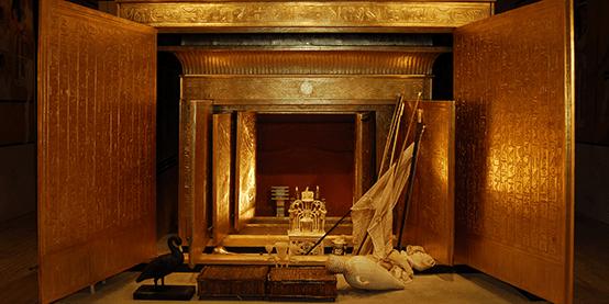 king-tut-opened-shrine